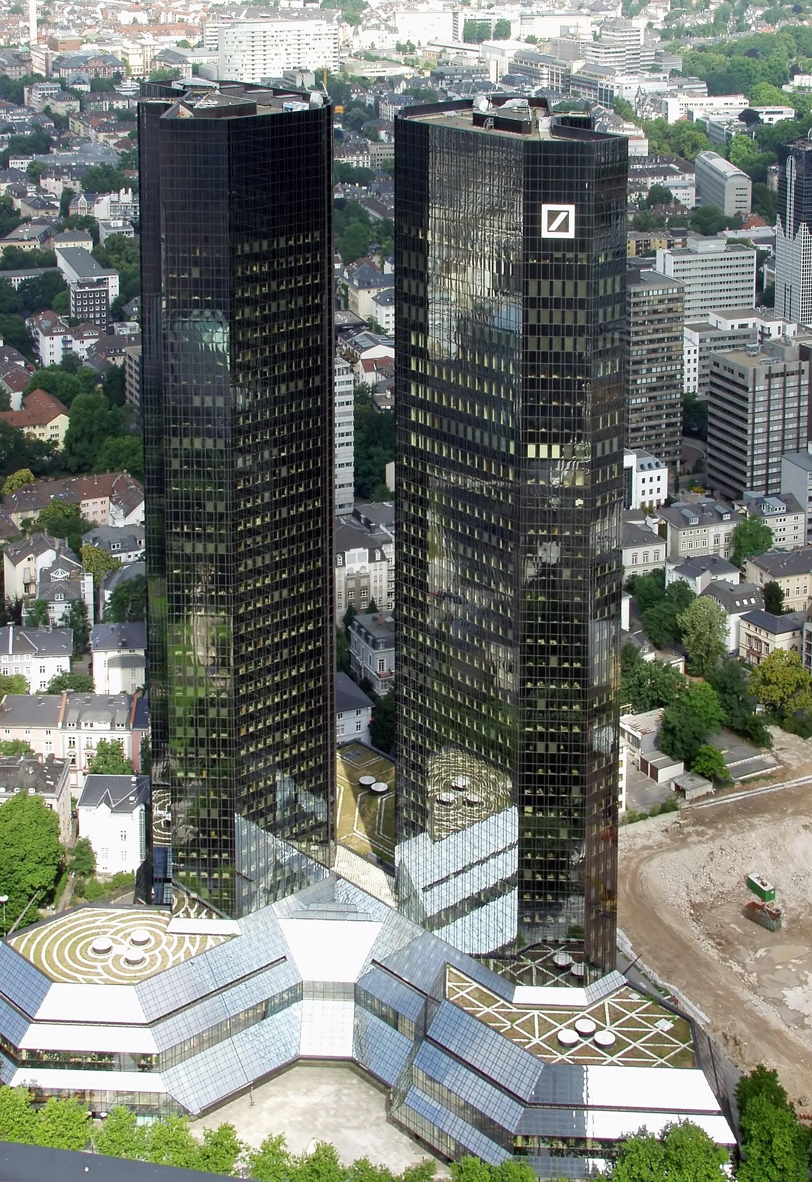 deutsche-bank-frankfurt-am-main. Фото: Wikimedia.org