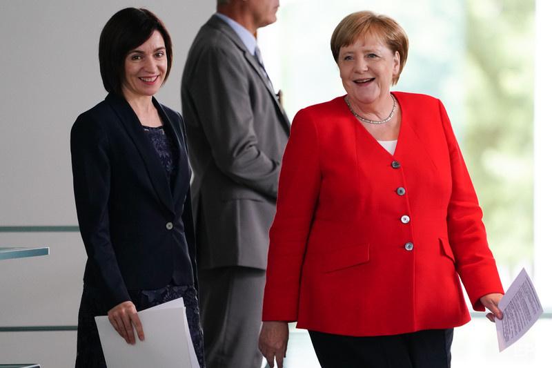 Санду встречалась с Меркель в июле 2019-го, когда занимала пост премьер-министра Молдовы. Фото: Hayoung Jeon / ЕРА
