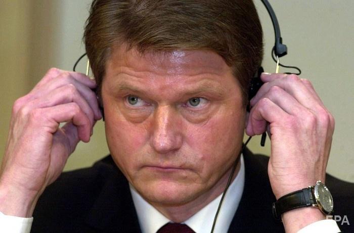 Литовский парламент объявил импичмент президенту Роландасу Паксасу в 2004 году. Фото: EPA