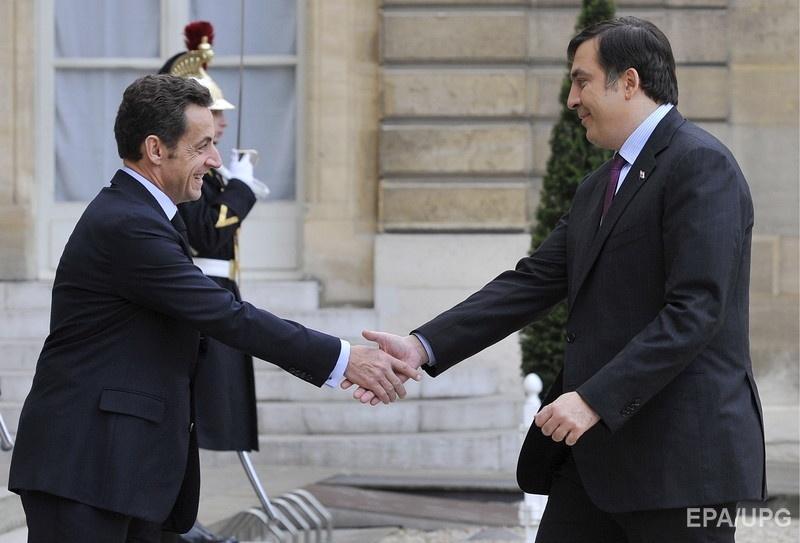 Встреча президентов Франции и Грузии Николя Саркози и Михаила Саакашвили в Париже, 13 ноября 2008 года. Фото: EPA