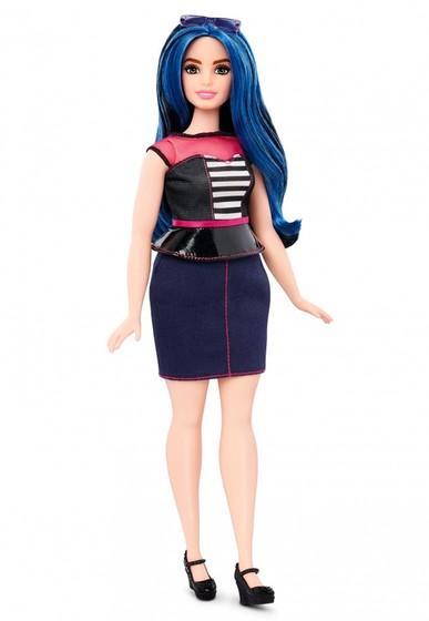 Новые куклы Барби обрели пышные формы. Фоторепортаж / Гордон