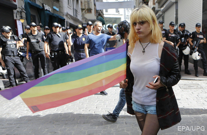 Istanbul Protests Help Build Unity For Lgbt Pride