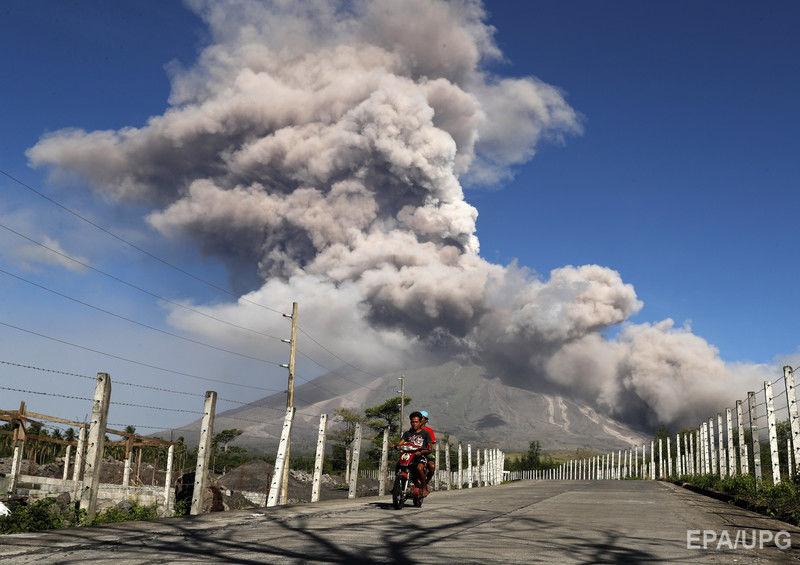 На Филиппинах извергается вулкан Майон. Фоторепортаж / ГОРДОН