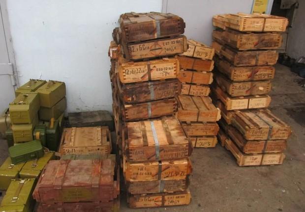 Террористы похитили на донецкой шахте 720 кг взрывчатки, 360 детонаторов и километр взрывного провода - Цензор.НЕТ 1365
