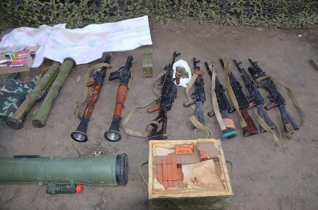 В зоне ато задержали группу боевиков с