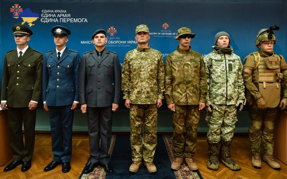 фото образцы новой формы военнослужащих